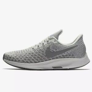 Nike Zoom Pegasus Gray